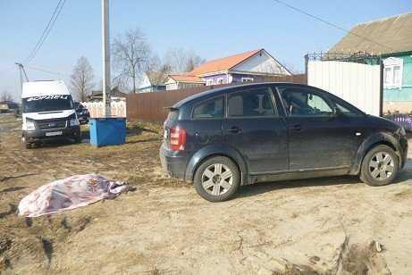 У хотевшей остановить автомобиль жительницы Брянска не выдержало сердце