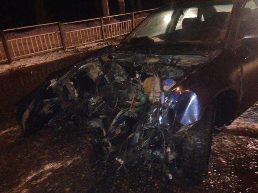 Около брянского «Аэро Парка» от удара у Audi вылетел двигатель