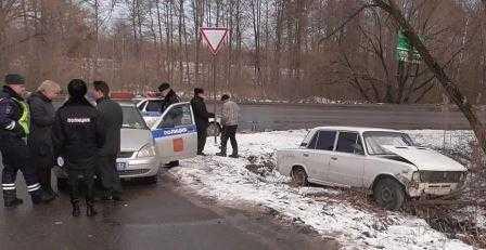 Брянский подросток протаранил автомобиль ДПС