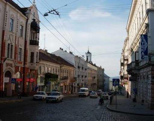 Украинские Черновцы отказались от братства с Брянском