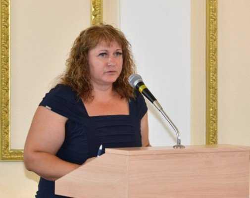 Бывшая начальница брянского управления тарифов будет  сидеть до апреля