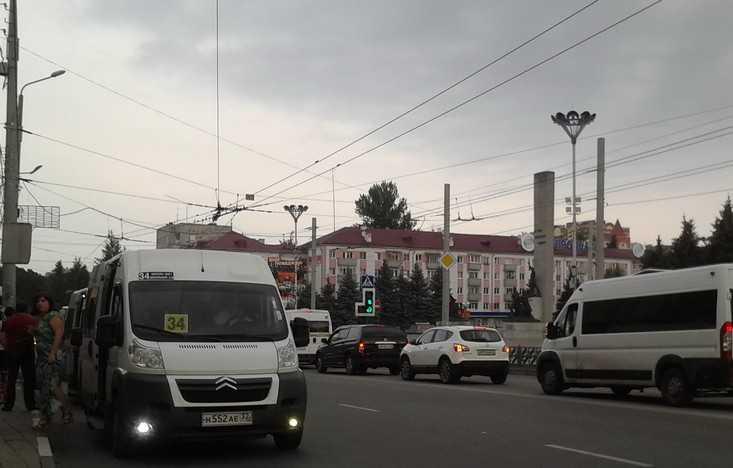 Две тысячи брянцев выступили против подорожания проезда в маршрутках