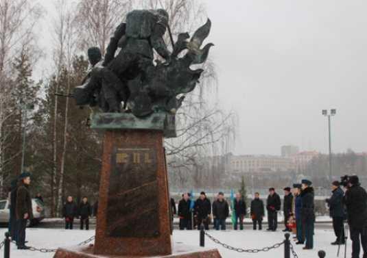 В Брянске почтили память бойцов шестой роты
