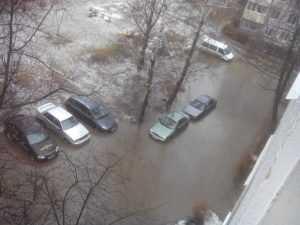 Жители Брянска утонули в грязевом потоке