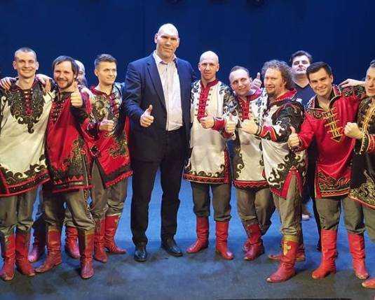 На концерте брянских «Бабкиных внуков» зрительница едва не родила
