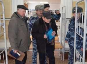 Богомаз навестил в колонии бывшего мэра Брянска Смирнова