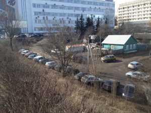 Брянцы устроили парковку в Верхнем Судке