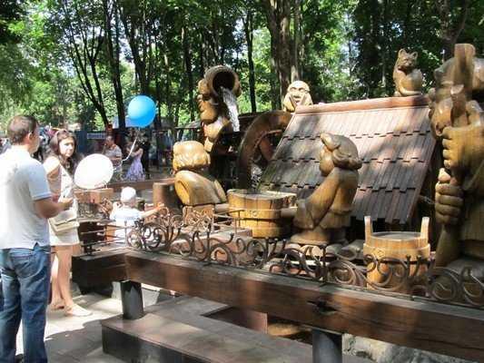 В Брянске начали готовиться к парковому сезону