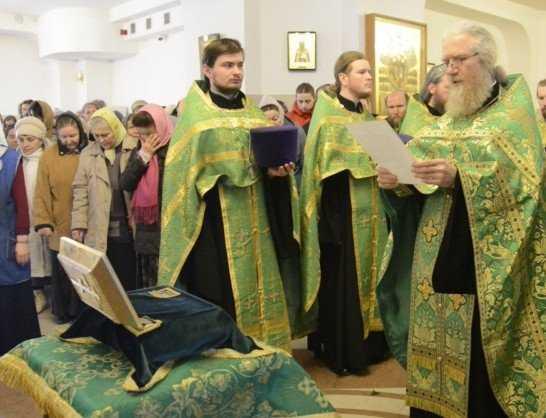 Ковчегу с мощами Матроны Московской поклонились 120 тысяч брянцев