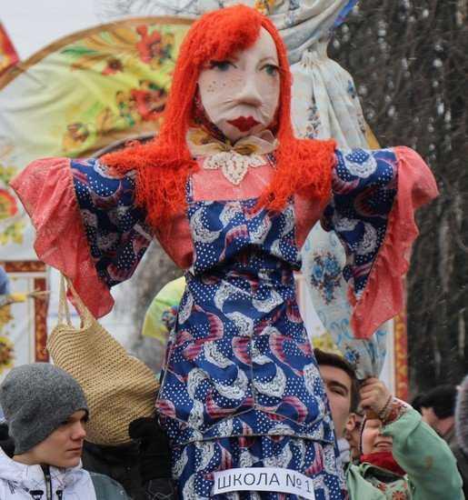 Масленица порадовала Брянск праздником и весело сгорела