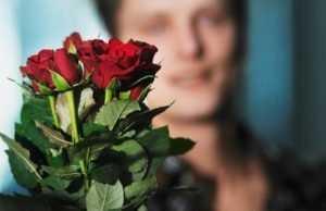 Загнанный в угол брянец на 8 Марта подарил жене 350000 рублей алиментов