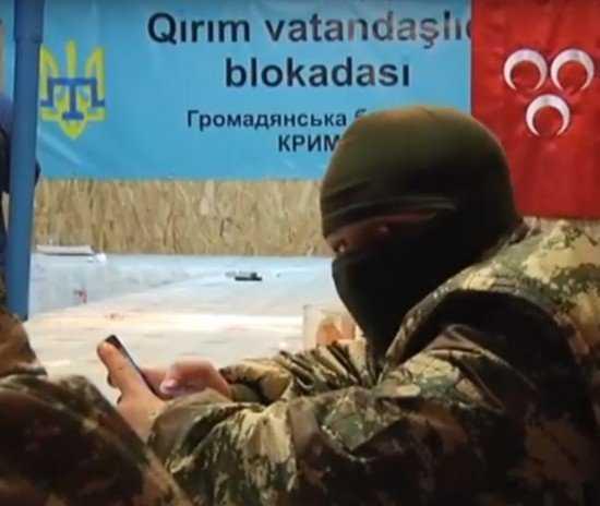 Армия Путина уже на границе Крыма…