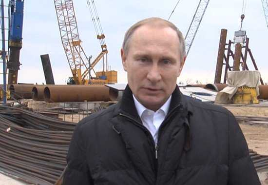 Президент осмотрел строительство Крымского моста