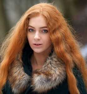 Брянская певица Ксения Бракунова выступит в клипе под именем Ева