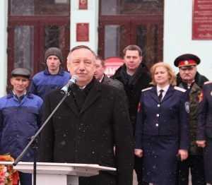 Беглов передал трактор техникуму и побывал в брянском монастыре
