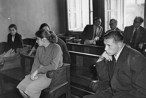Двоих мужчин и девушку будут судить за убийства четверых брянцев