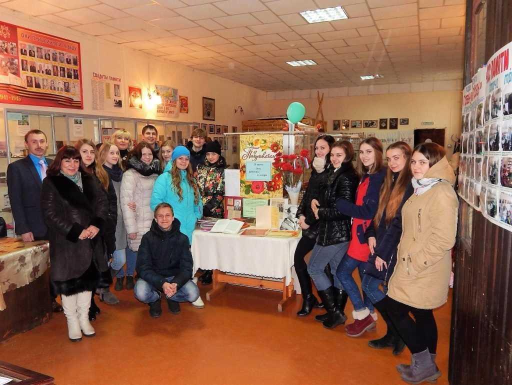 В брянском музее открылась выставка, посвященная Алексею Менякину