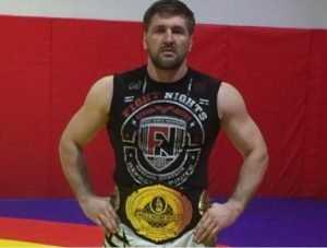 Брянский богатырь Минаков будет защищать чемпионский титул