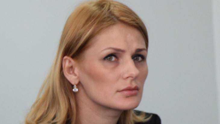 Брянская автомобилистка Олеся Сивакова оправдается на пресс-конференции