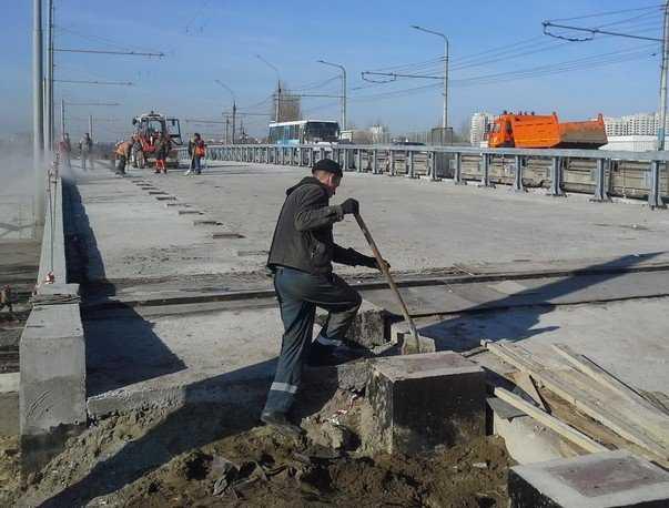 К концу апреля откроют кольцо у вокзала Брянск-I и перенесут стелу