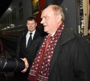 Вместо Медведева Путин назначил Зюганова