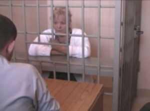Брянская алкоголичка села на 9 лет за убийство почтальона