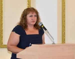 Брянскую экс-чиновницу Калюк и её сына будут судить за мошенничество