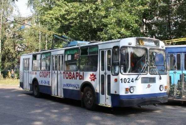 Проездные билеты в брянском транспорте стали дороже на 100 рублей