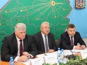 Брянск и Белоруссия обменяются гранитом и удобрениями