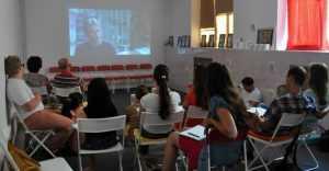 Брянских добровольцев обучат кинотерапии
