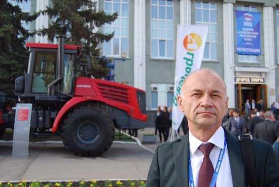 Владимир Жутенков представил Брянск на сельском форуме в Саратове