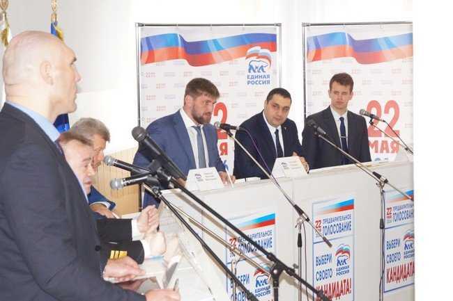 Брянский скандалист одолел богатырей Валуева и Минакова