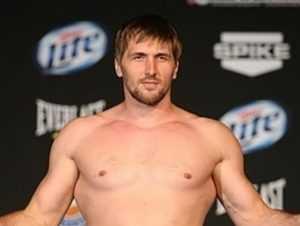 Брянский чемпион Виталий Минаков проведёт бой 17 июня