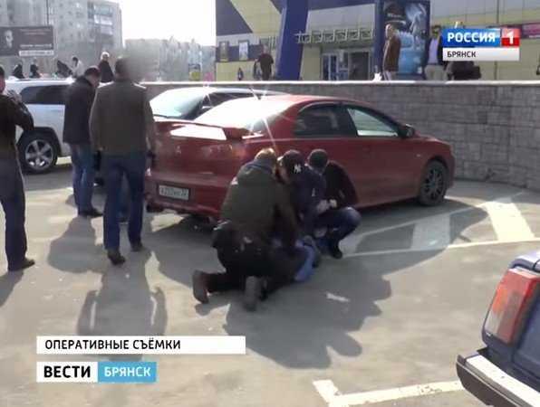 Опубликовано видео задержания банды брянских торговцев оружием