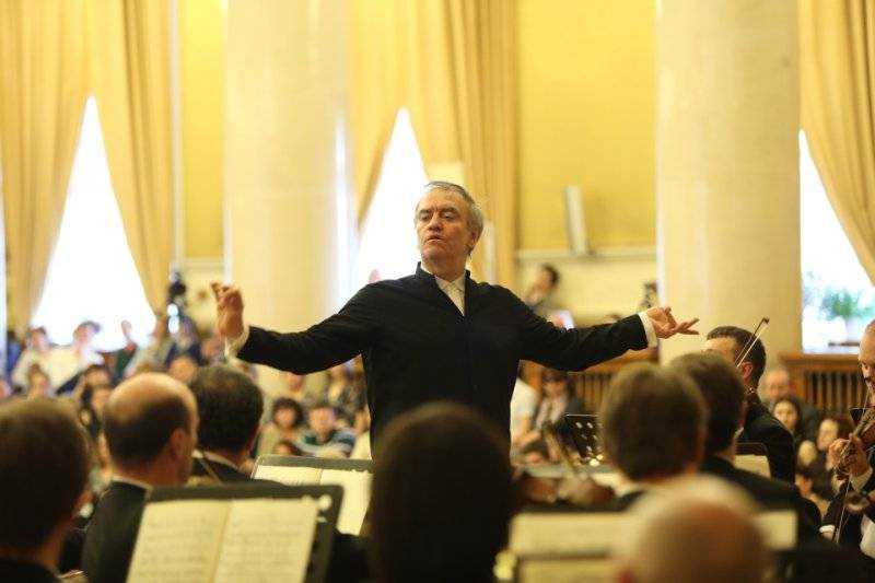 В Брянске с Пасхальным концертом выступит оркестр Валерия Гергиева
