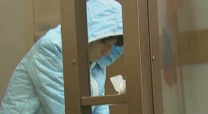 Помощницу брянского судьи, убившую новорожденную дочь, арестовали
