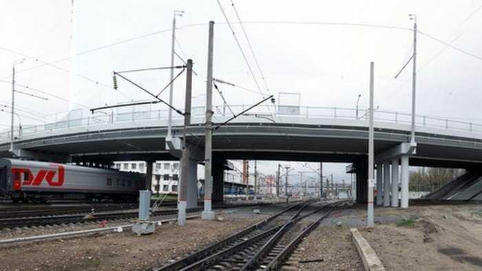 Строители путепровода у вокзала Брянск-I подготовили катки