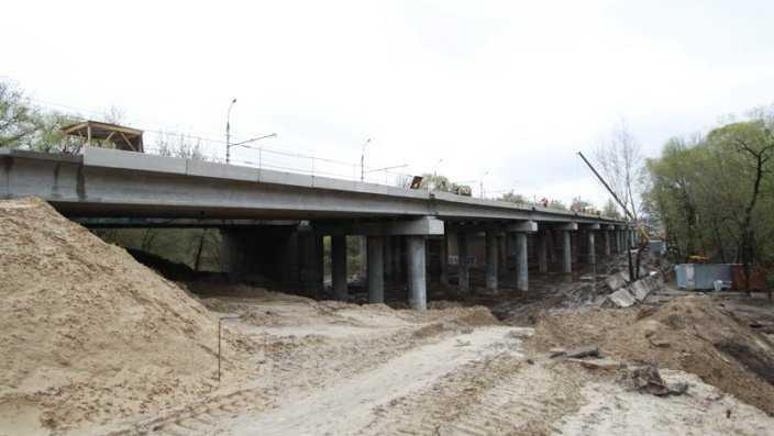 На Первомайском мосту Брянска уложили предпоследний пролёт