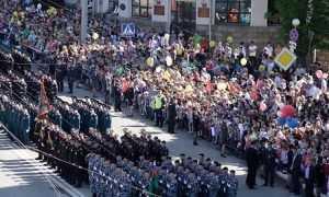 В брянском марше «Бессмертного полка» прошли 100 тысяч человек