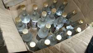 Брянского дельца наказали за 90 бутылок поддельной водки