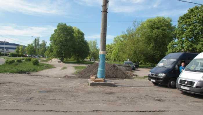В Брянске расширят дорогу на улице Никитина и изменят схему движения