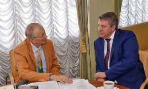 Поэт Евгений Евтушенко встретился с брянскими студентами и губернатором