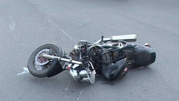 В брянском райцентре разбился 17-летний мотоциклист без «прав»