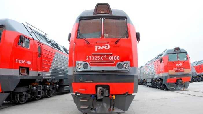 Брянские машиностроители передали РЖД сотый магистральный тепловоз