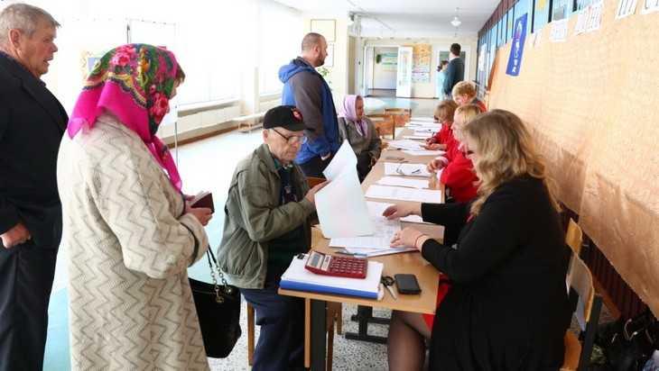 На предвыборы пришли 10 процентов брянцев – лидируют Валуев и Жутенков