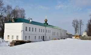 Брянский монастырь решил отсудить храм