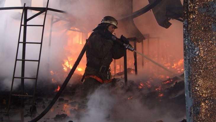 На брянском заводе случился пожар