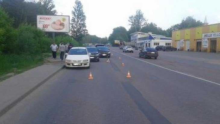 Брянские водители при столкновении получили травмы головы