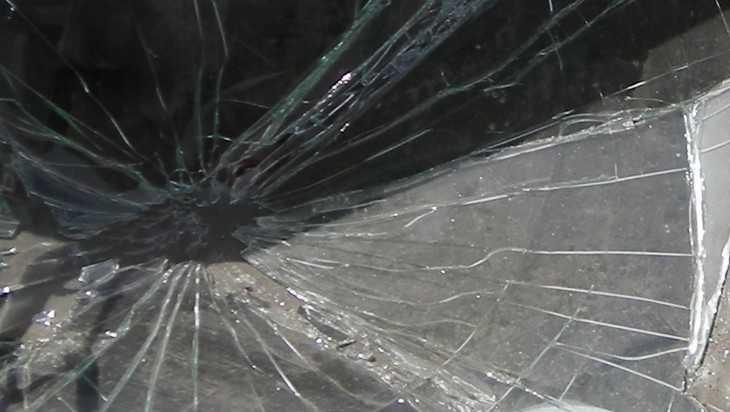 Брянец с психическим заболеванием разбил авто соседки