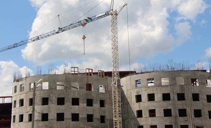 В Брянске возобновилось возведение огромного развлекательного комплекса